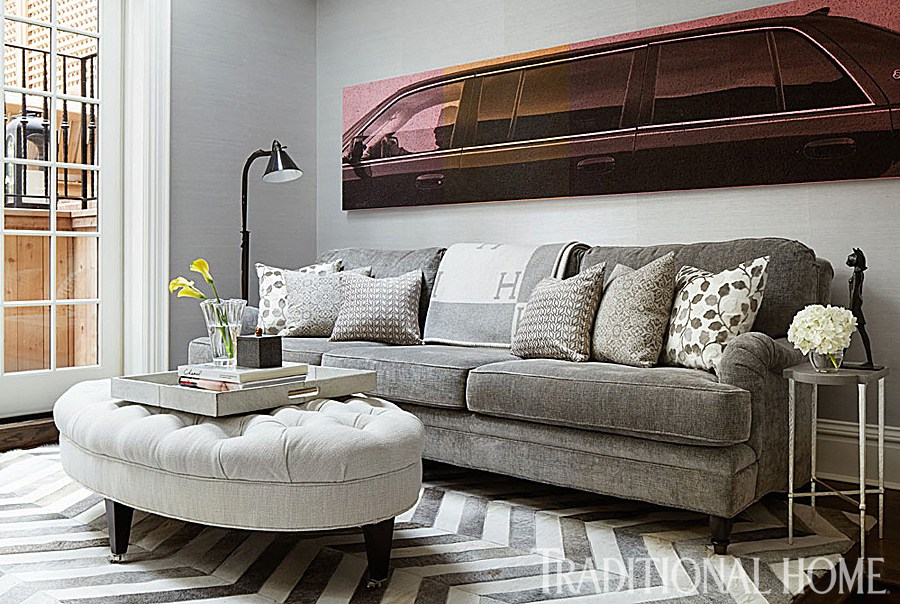 The former E! News anchor hired long-time interior designer, Lonni Paul, to decorate! She and Giuliana previously worked together on her Brentwood, California home.